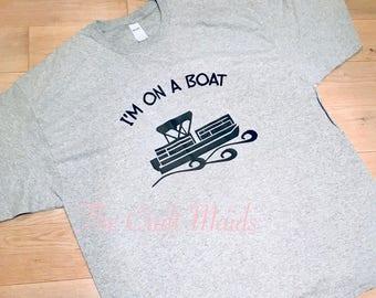 Im on a boat! Pontoon T-shirt.