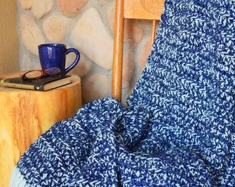 Blue crochet blanket; Chunky crochet throw; Large crochet blanket