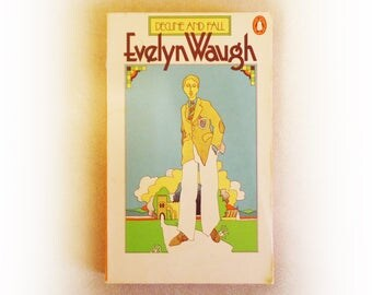 Evelyn Waugh - Decline and Fall - Penguin vintage paperback book - 1977