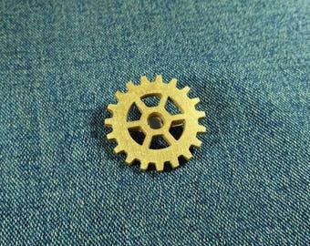 Gear pin. Steampunk golden gear brooch. Wooden gear pin badge. Steampunk pin. Best Friend Gift. Gearwheel jewelry.