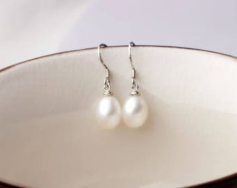 Pearl earrings,fresh water pearl earrings,rice pearl,pearl jewelry,gift.