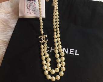 New cute chanel inspired pearl necklace