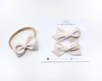 Crushed Pearl | Baby headband set, Baby bow Headband, Small Bows, Baby Bows, Newborn headbands, Nylon Headbands,Baby hair bows, pig tail bow