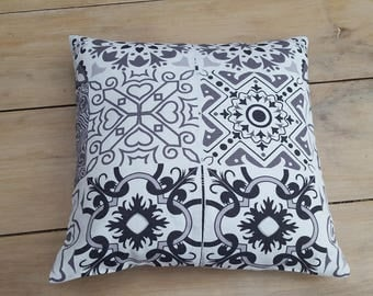 Cement tiles cushion