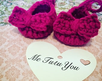 Baby Girl Shoes & Headband Set Hand  Crocheted with Cute Bows