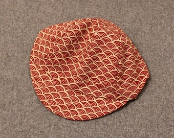 Red 'Japanese wave' classic cycling cap