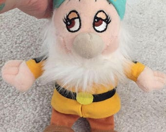 Disney Snow White and the 7 dwarfs bashful plush