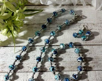 Beautiful handmade tried colored jewelry set