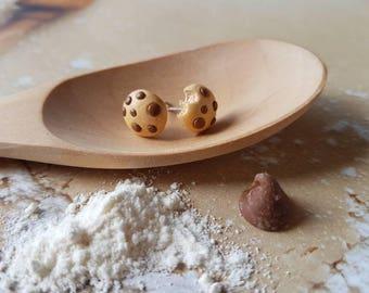 Choc chip cookie earrings