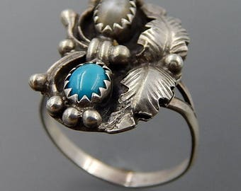 Navajo sterling silver turquoise mother of pearl feathers ring size 7.5