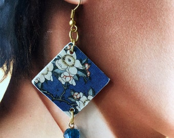 "Hokusai, art paper Earrings ""Goldfinch and weeping cherry, from the Small Flowers series"""