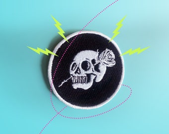 Love is not Dead Patch. Iron On - Appliques.