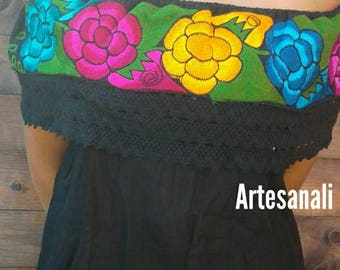 Mexican Embroidered Peasant Blouse off the Shoulder one size/