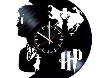Harry Potter Vinyl Clock - Hogwarts Vinyl Record Wall Art Handmade Decor - Best Original Vintage Gift For Fans - Cool Room Decoration
