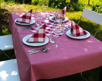 Red table cloth, 160 x 130 cm