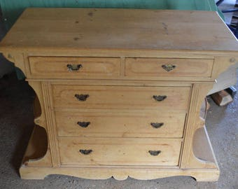 Antique Chest of Drawers / Dutch / Very Pretty