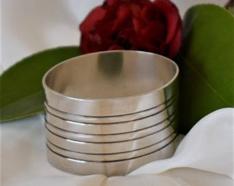 Vintage French silver plated oval serviette or napkin ring.