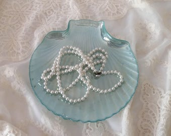 Turquoise Clam Shell Dish, Glass Shell Dish, Vintage Serving Dish, Trinket Dish, Dresser Tray