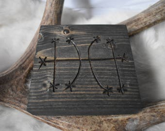 Hinder a person from coming to your home hanger *pagan*asatru*norse*viking*nordic*esoteric*occult*decor*