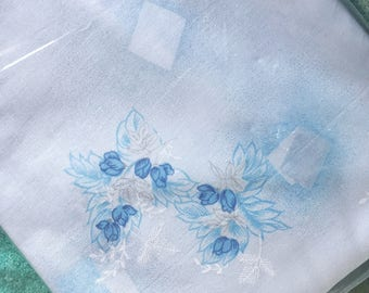Vintage Blue floral sheet ~ single