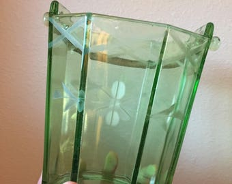Vintage Green Glass Ice Bucket- Flower Etched Glass Ice Bucket - Cocktail Accessory- 40's Barware- Vintage Barware- Vintage Ice Bucket-