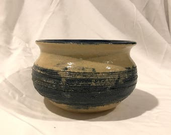 Ribbed Vessel