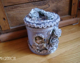 Silver and floral jewelry box