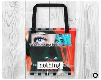 "Tote bag ""Nothing But Footprints"""
