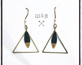 Two-tone collection: Earrings triangles and bronze shuttles