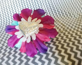 Metal headband with flower and sparkly squishy heart
