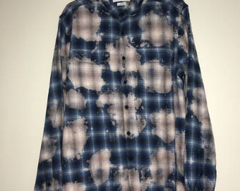 Urban Outfitters Bleached Blue Flannelette Button Up Preloved Shirt Size L