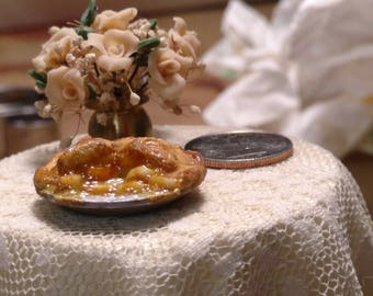 Apple Pie Top Crust with Wedge taken out 1:12 Scale, miniature pies, dollhouse food, miniature food