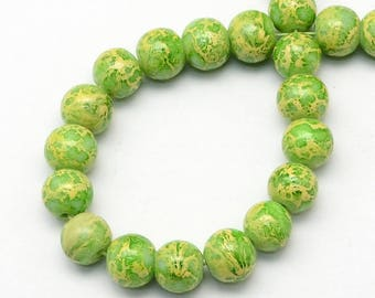 Green spray painted glass beads