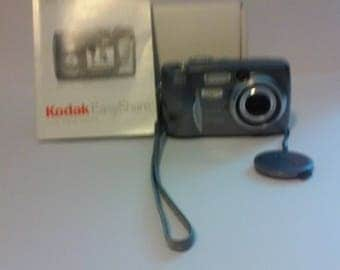 Kodak EasyShare DX4530 5mp Digital Camera