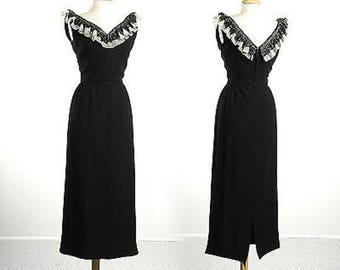 Small 1950s Pencil Dress VNeck Dress Simple Vintage Dress Little Black Dress 50s Evening Dress Formal Dress