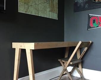 Tapered Leg Work Desk