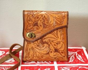 Vintage Hand Tooled Leather Shoulder Bag/Purse Unique