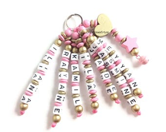 Wooden Keychain personalize 7 names