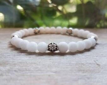 White Onyx & Silver Flower Beaded Stretch Bracelet, Charm Bracelet, Stone Bracelet, Stacking Bracelet, Gemstone, Jewelry