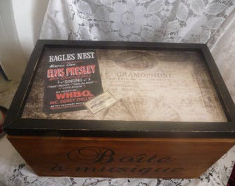 Large wooden box for storage or 60 cd