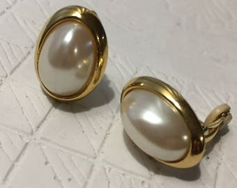 1980s Gold Pearl Center Clip On Earrings