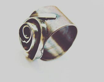 Rose bud. mixed metal sculptural ring. sculptural ring. oxidized copper ring. open adjustable ring. gold and brown. made by hand ring. gift