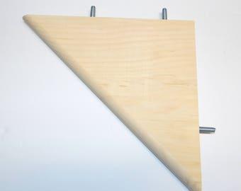 """Chinvilla Chinchilla Natural Kiln Dried Pine Large 8"""" Corner Ledge"""