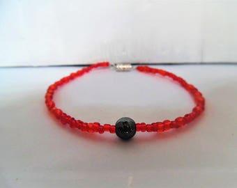 Bracelet, hematite and glass beads