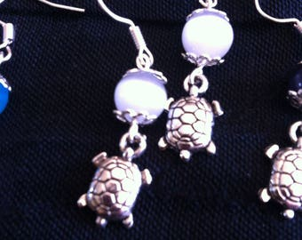 "Earrings ""spring of turtles"""