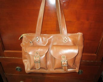 """marie"" bag in caramel leather with pockets"