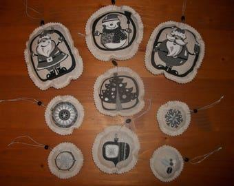 9 FIGURINES CHRISTMAS ORNAMENT - SANTA CLAUS CHRISTMAS TREE HAND MADE