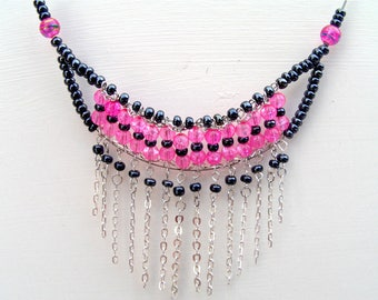 Pink and black beads necklace