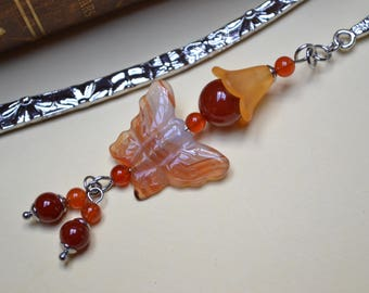 Rhodium plated and stainless steel bookmark with a kawaii carnelian / stone of willpower