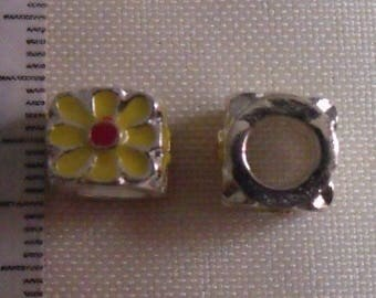 5 yellow silver metal cube 8mm